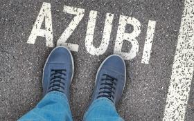 Azubi Überstunden auszahlen? (© bluedesign / Fotolia.com)