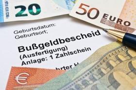 Verjährung beim Bußgeldbescheid (© Stockfotos-MG / Fotolia.com)
