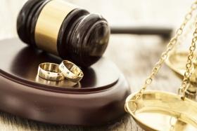 Wie ist ein Scheidungsbeschluss aufgebaut? (© sebra - Fotolia.com)
