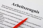 Arbeitszeugnis muss nicht zwingend von Chefin unterschrieben werden