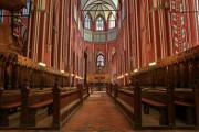 Diskriminierung nichtchristlicher Bewerber bei kirchlichen Stellenausschreibungen?