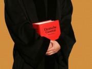 Vorsitzender Richter am Oberlandesgericht Rolf Lackmann geht in den Ruhestand