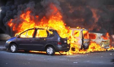 Trotz Ausgebranntem Auto Rucktritt Vom Kaufvertrag Moglich Recht