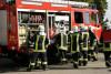 Zum Feuerwehrdienst gehören auch Abbrucharbeiten am Feuerwehrgerätehaus
