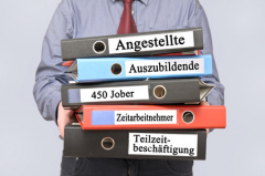 Rechtsanwalt in Neumünster: Arbeitsrecht (© Marco2811 - Fotolia.com)
