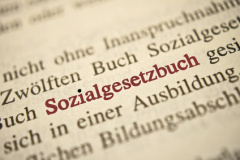 Rechtsanwalt in Solingen: Sozialrecht (© kwarner - Fotolia.com)