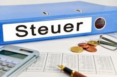 Aktenordner für die Einkommenssteuer (© Marco2811 - Fotolia.com)