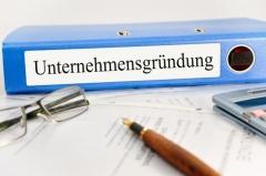 Vorkehrungen zur Unternehmensgründung (© Marco2811 - Fotolia.com)
