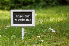 Grundstück zum Kauf (© F. Schmidt - Fotolia.com)
