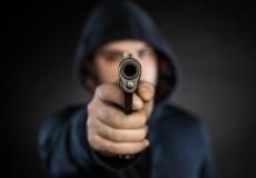 Jugendlicher Straftäter (© Denisismagilov - Fotolia.com)