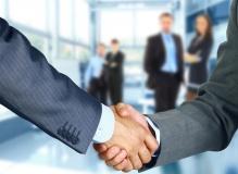Geschäftspartner bilden ein Kartell (© Ty - Fotolia.com)