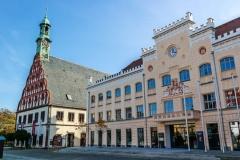 Zwickauer Rathaus mit Gewandhaus (© animaflora - Fotolia.com)