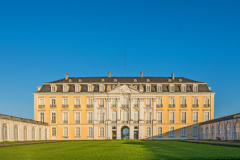 Schloss Augustusburg in Brühl (© Thomas Leonhardy - Fotolia.com)
