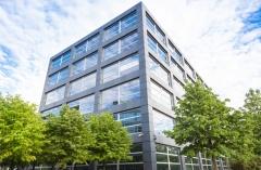 Firmengebäude eines Konzerns (© Tiberius Gracchus - Fotolia.com)