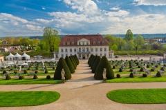 Weingut und Schloss Wackerbarth in Radebeul (© santosha57 - Fotolia.com)