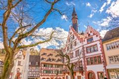 Marktplatz in Weinheim (© pure-life-pictures - Fotolia.com)