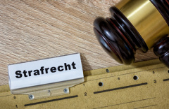 Rechtsanwalt für Strafrecht in Hanau (© p365.de - Fotolia.com)