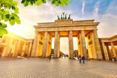 Rechtsanwälte in Berlin finden... (© sborisov - Fotolia.com)