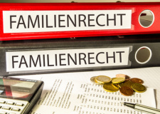 Rechtsanwalt für Familienrecht in Alsfeld (© fotodo - Fotolia.com)