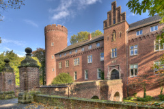 Zugang zur Burg in Kempen (© Thomas Jablonski - Fotolia.com)