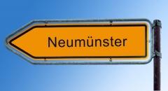 Straßenschild Neumünster (© Thomas Reimer - Fotolia.com)