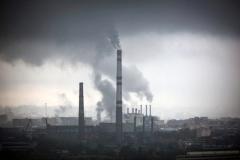 Luftverschmutzung durch die Industrie (© bilderbox - Fotolia.com)