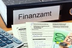 Rechtsstreitigkeiten mit dem Finanzamt (© Gina Sanders - Fotolia.com)