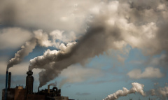 Umweltbelastung durch die Industrie (© rusty elliot - Fotolia.com)