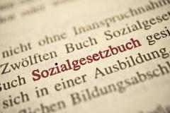 SGB 12 - Sozialgesetzbuch (© kwarner - Fotolia.com)