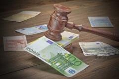 Pfandrecht des Opfers bei Einnahmen des Täters durch Publizierung einer Straftat (© Aruba2000 - Fotolia.com)