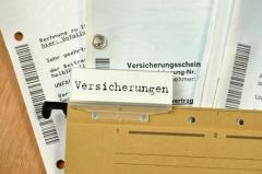 VAG - Gesetz über die Beaufsichtigung der Versicherungsunternehmen (© Sandra Thiele - Fotolia.com.jpg)