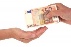 Schenkung in Höhe von 50€ (© Richard Villalon - Fotolia.com)