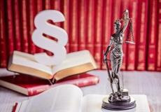 Rechtsanwalt für Gesellschaftsrecht in Bad Hersfeld (© djedzura - Fotolia.com)