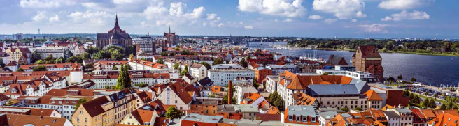 Rechtsanwälte in Rostock (© SeanPavonePhoto - Fotolia.com)