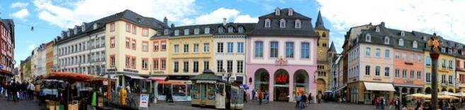 Rechtsanwälte in Trier (Hauptmarkt) (© beatuerk - Fotolia.com)