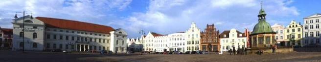 Rechtsanwälte in Wismar - Marktplatz (© etfoto - Fotolia.com)