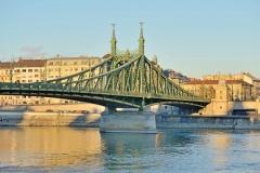 Die Freiheitsbrücke (© whitekloo - Fotolia.com)
